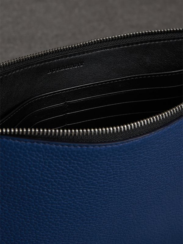 Grainy Leather Zip Pouch in Bright Ultramarine | Burberry Australia - cell image 3