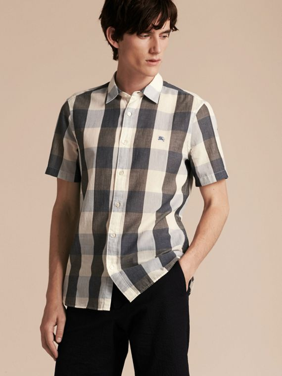Short-sleeved Exploded Gingham Cotton Linen Shirt Pale Cornflower Blue