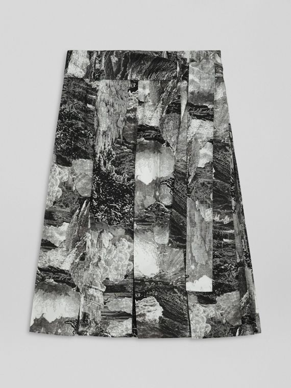 Dreamscape Print Pleated Silk Tie-waist Skirt in Black