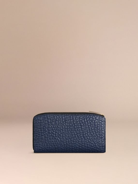 Blue carbon Signature Grain Leather Ziparound Wallet Blue Carbon - cell image 2