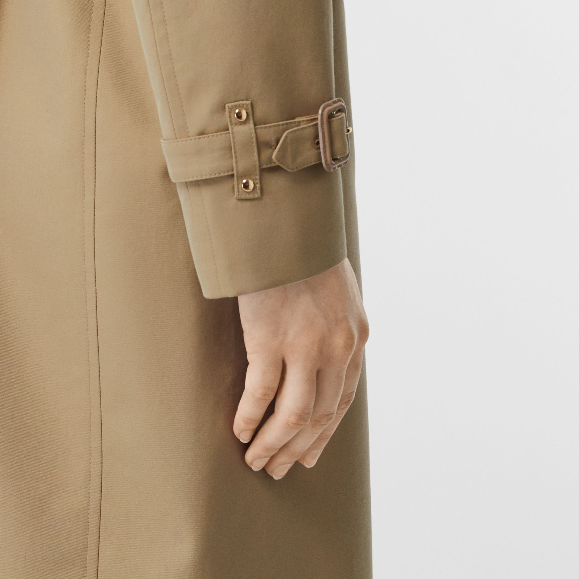 Two-tone Cotton Gabardine Trench Coat in Honey - Women | Burberry Singapore - gallery image 5