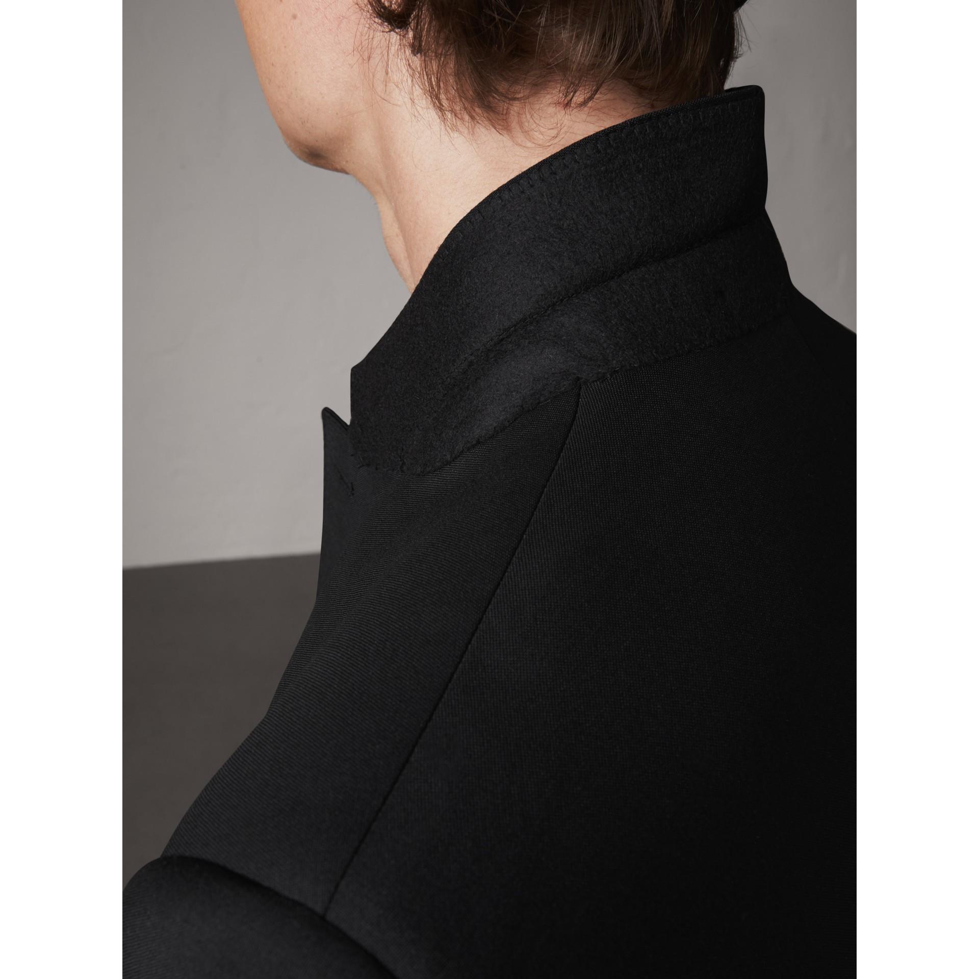Terno de lã e mohair com corte moderno (Preto) - Homens | Burberry - galeria de imagens 6