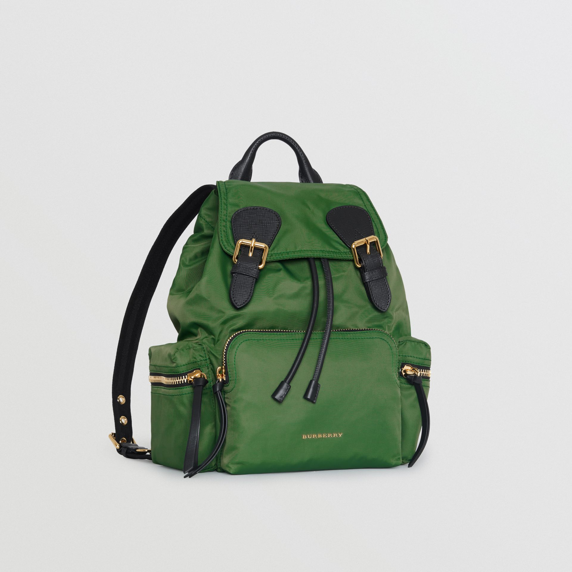 Zaino The Rucksack medio in nylon tecnico e pelle (Verdone) - Donna | Burberry - immagine della galleria 6