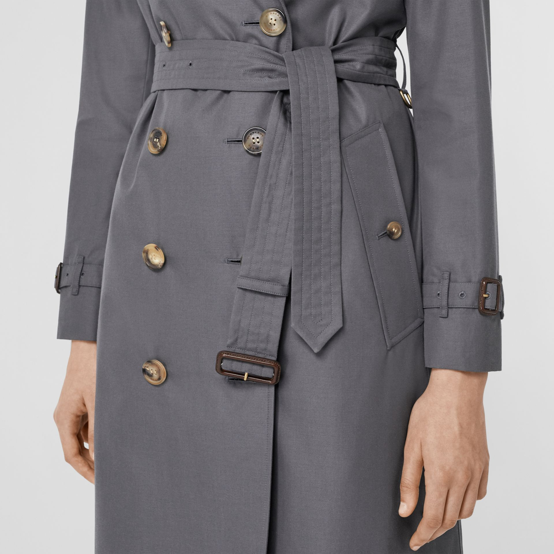 The Long Kensington Heritage Trench Coat in Mid Grey - Women | Burberry Singapore - gallery image 5