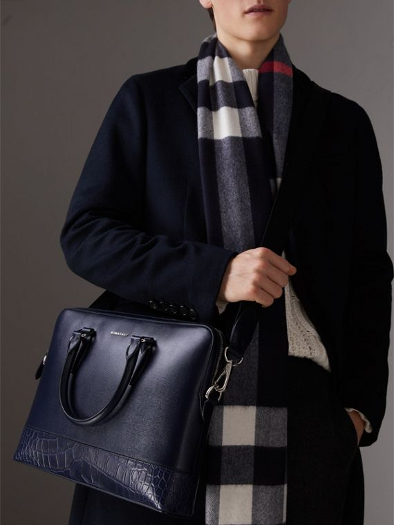 Sac The Barrow fin en cuir London et alligator (Marine Foncé) - Homme | Burberry - cell image 3