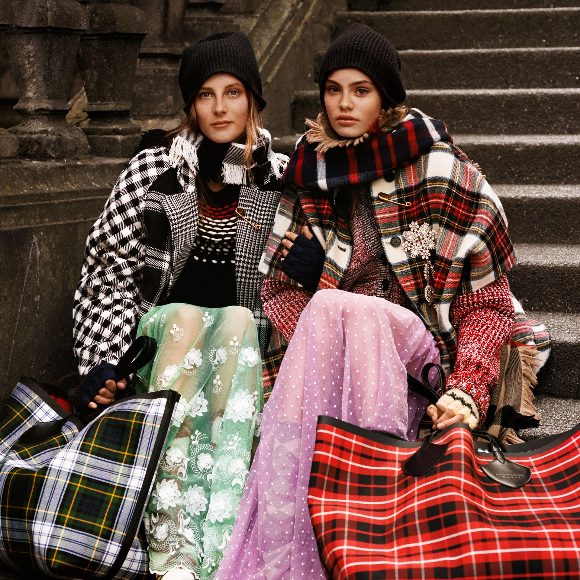 Reversible Tartan Oversized Poncho in Natural White/bottle Green | Burberry - gallery image 9