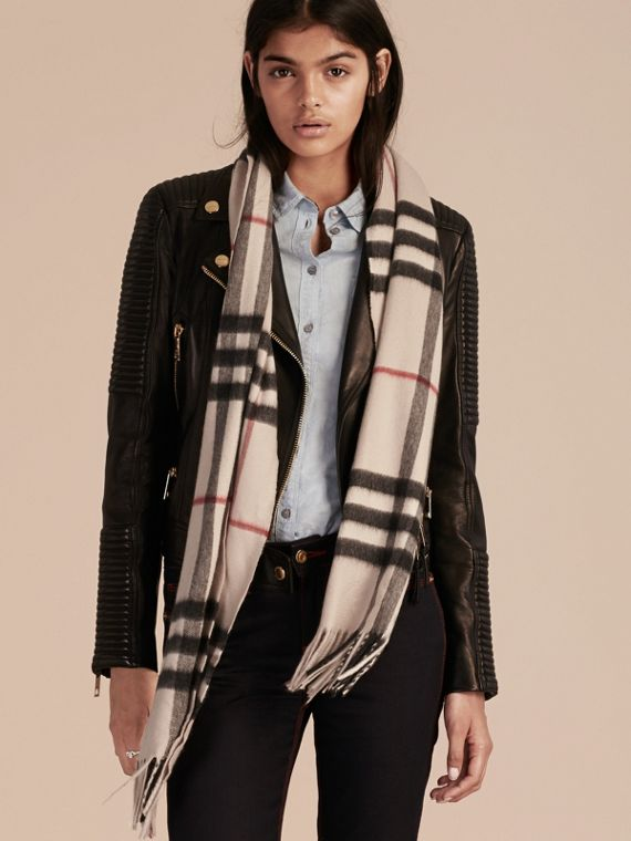 The Classic Cashmere Scarf in Check in Stone | Burberry - cell image 2
