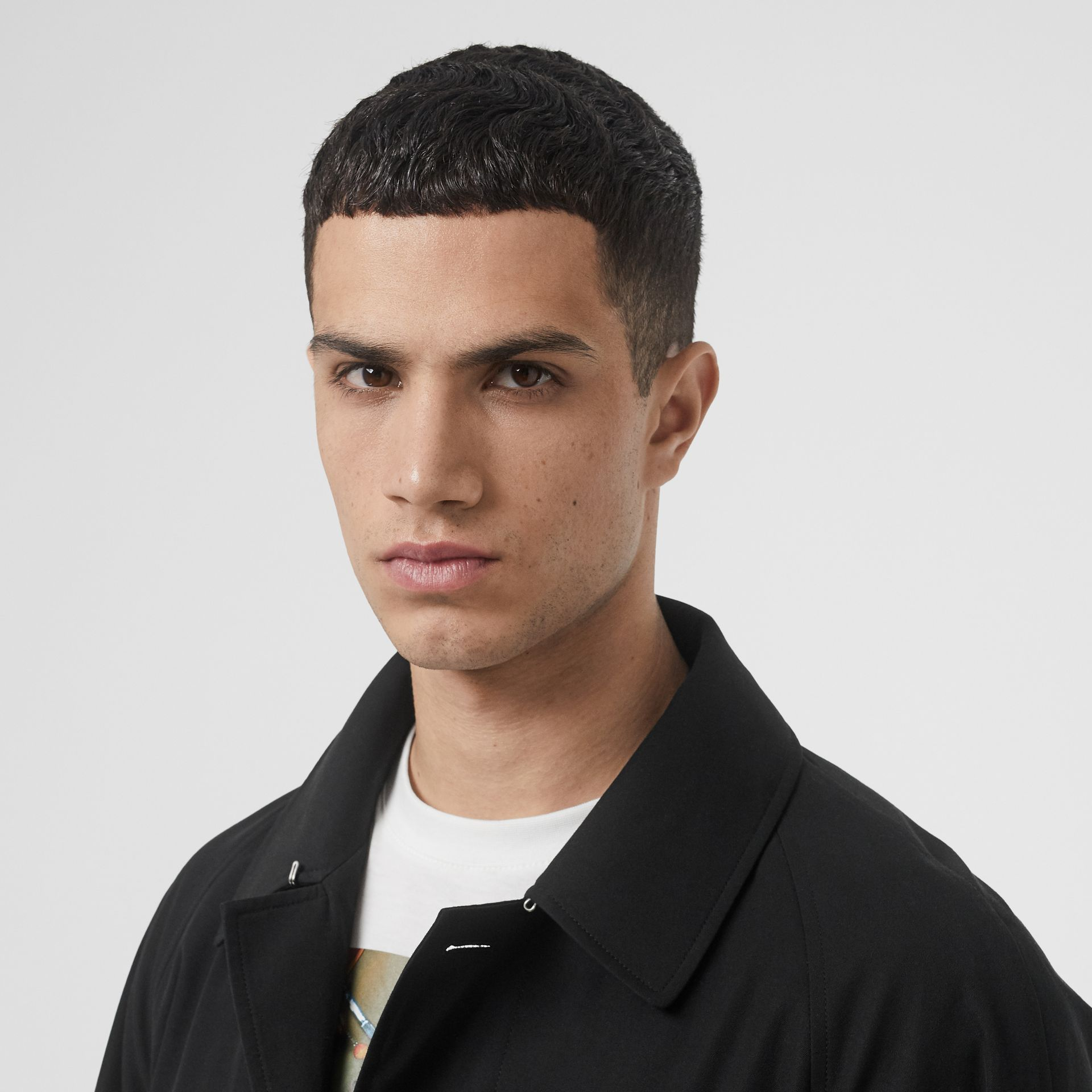 Icon Stripe Detail Tropical Gabardine Car Coat in Black - Men | Burberry United States - gallery image 1