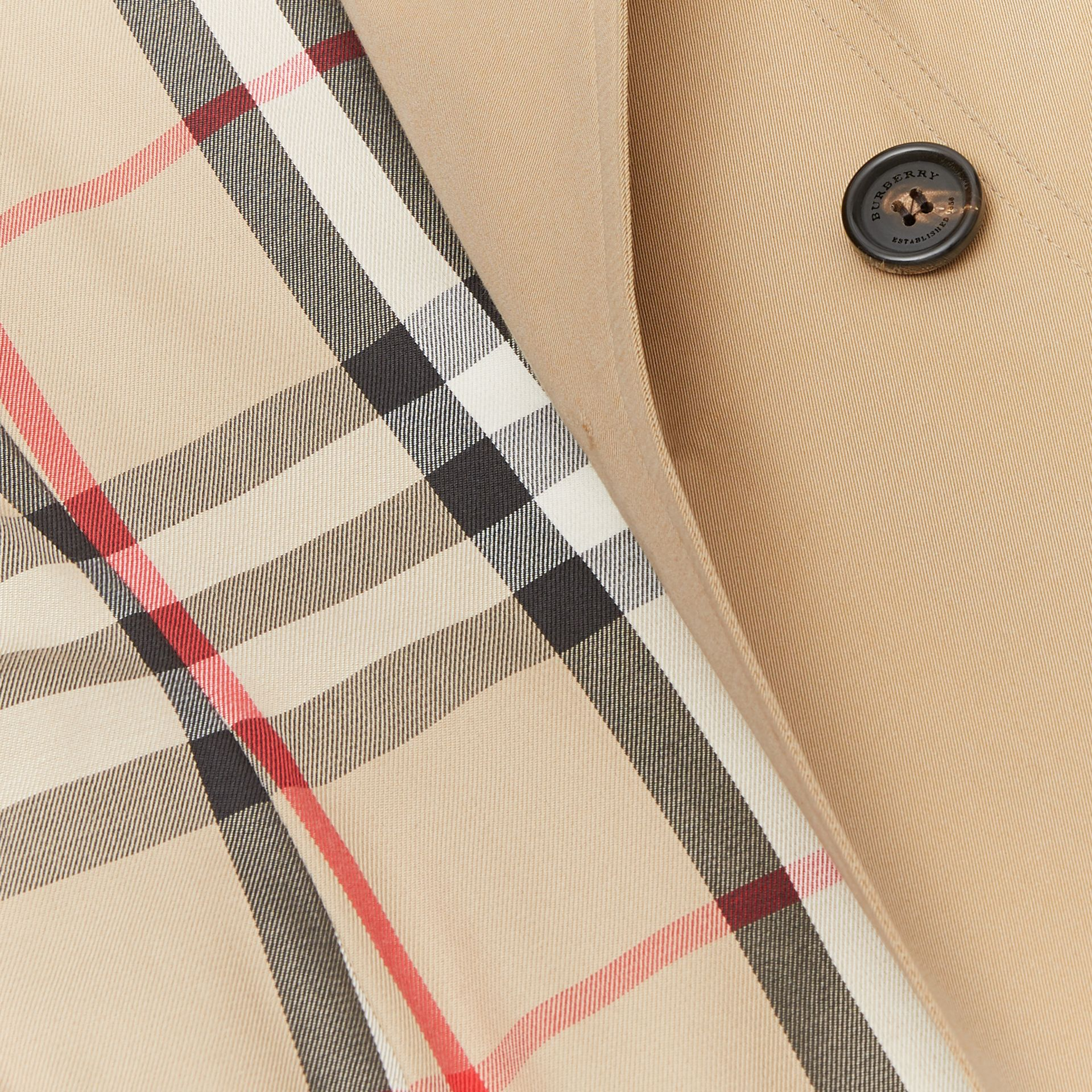The Sandringham – Short Trench Coat in Honey - Women | Burberry - gallery image 8