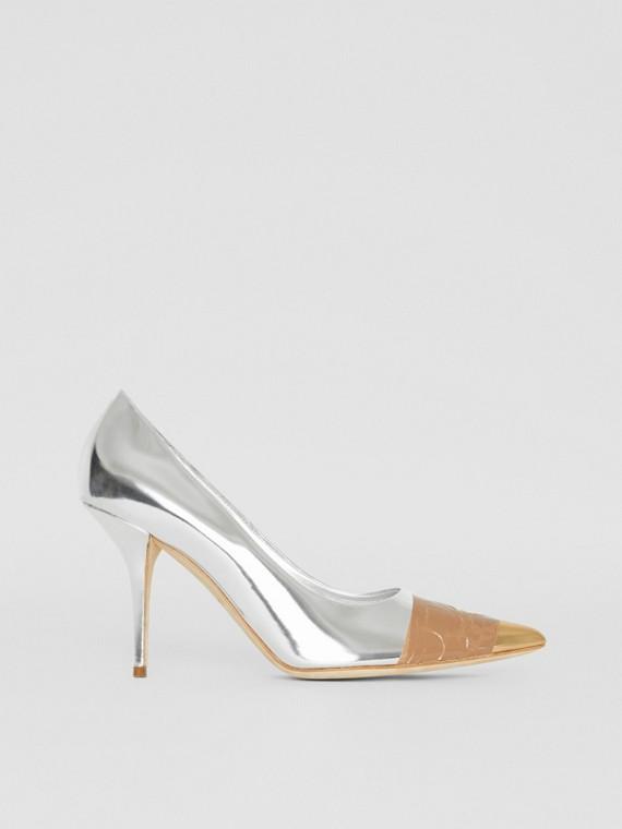 Zapatos de salón en piel espejada con detalle de cinta adhesiva (Plateado / Dorado)