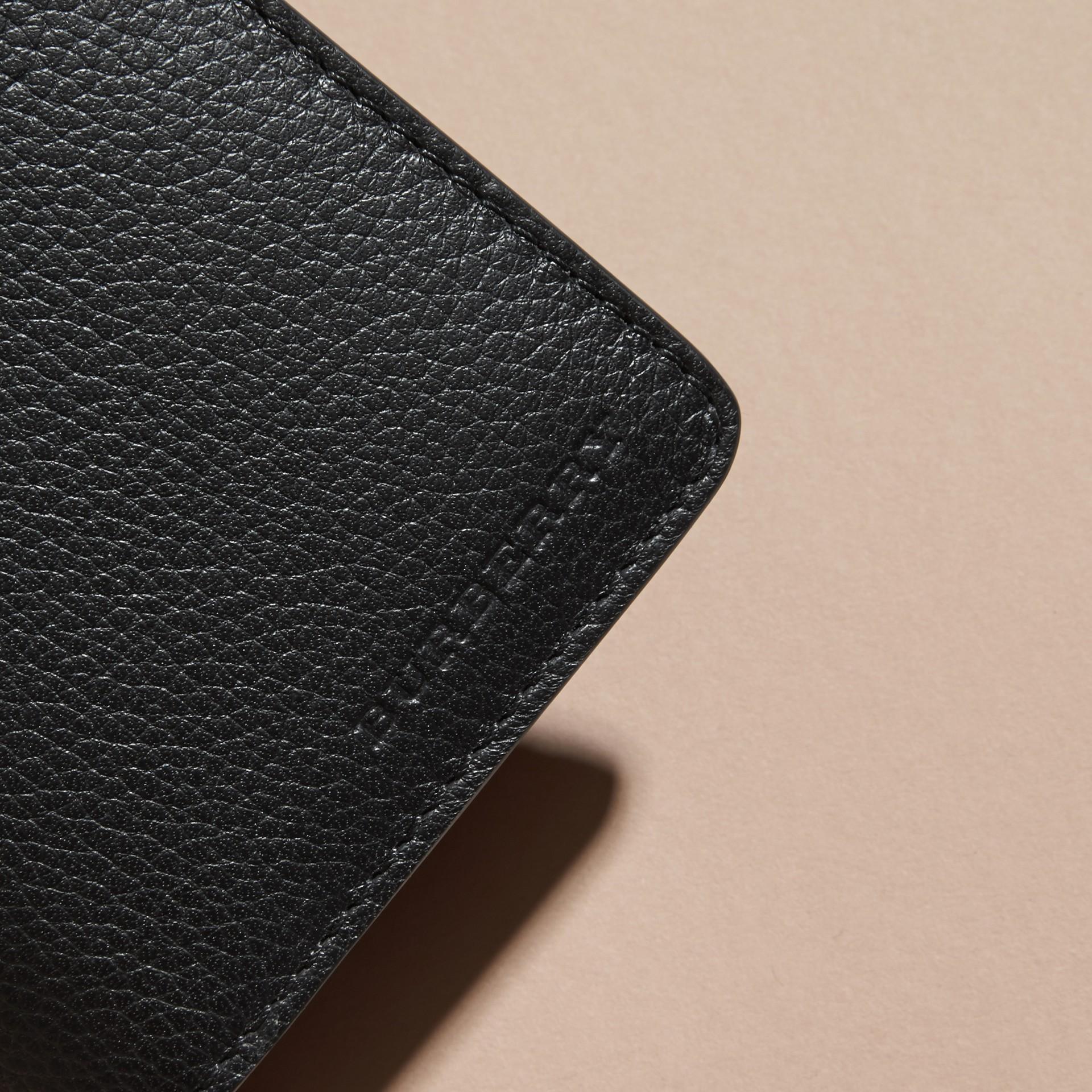Noir Portefeuille continental en cuir grené Noir - photo de la galerie 2