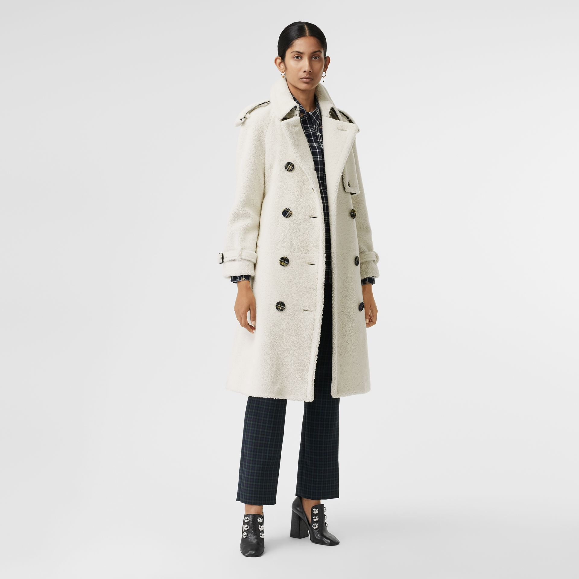 Tartan-lined Shearling Trench Coat in Off White - Women | Burberry - gallery image 0