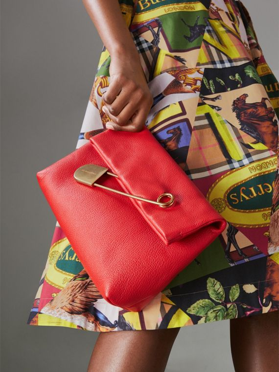 The Medium Pin Clutch in Leather in Bright Red - Women | Burberry Australia - cell image 3