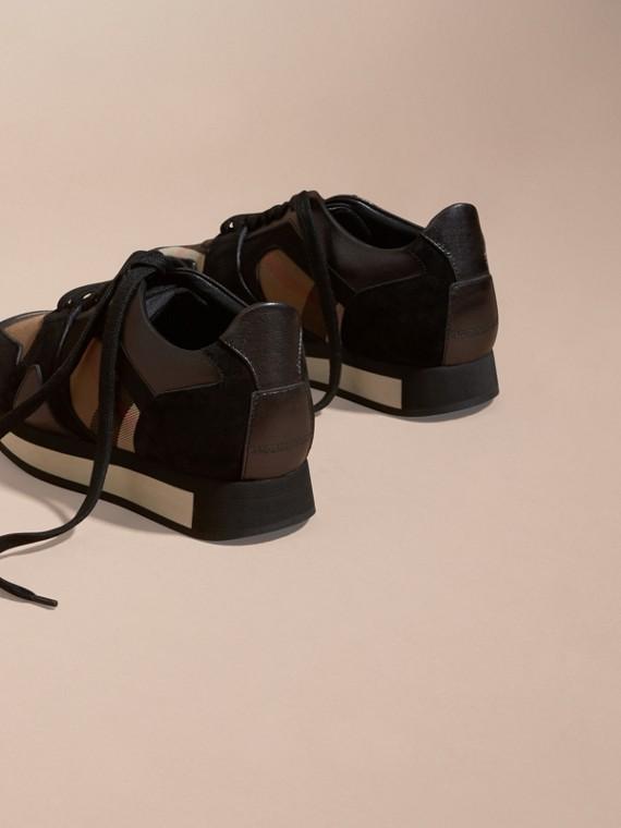 House check/smoke métallisé Field Sneakers en tissu à motif House check, cuir velours et cuir - cell image 3