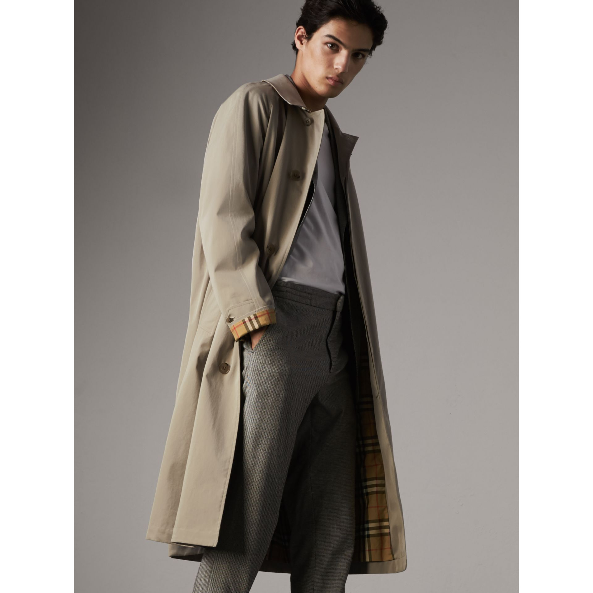 The Brighton – Longline Car Coat in Sandstone - Men | Burberry - gallery image 7