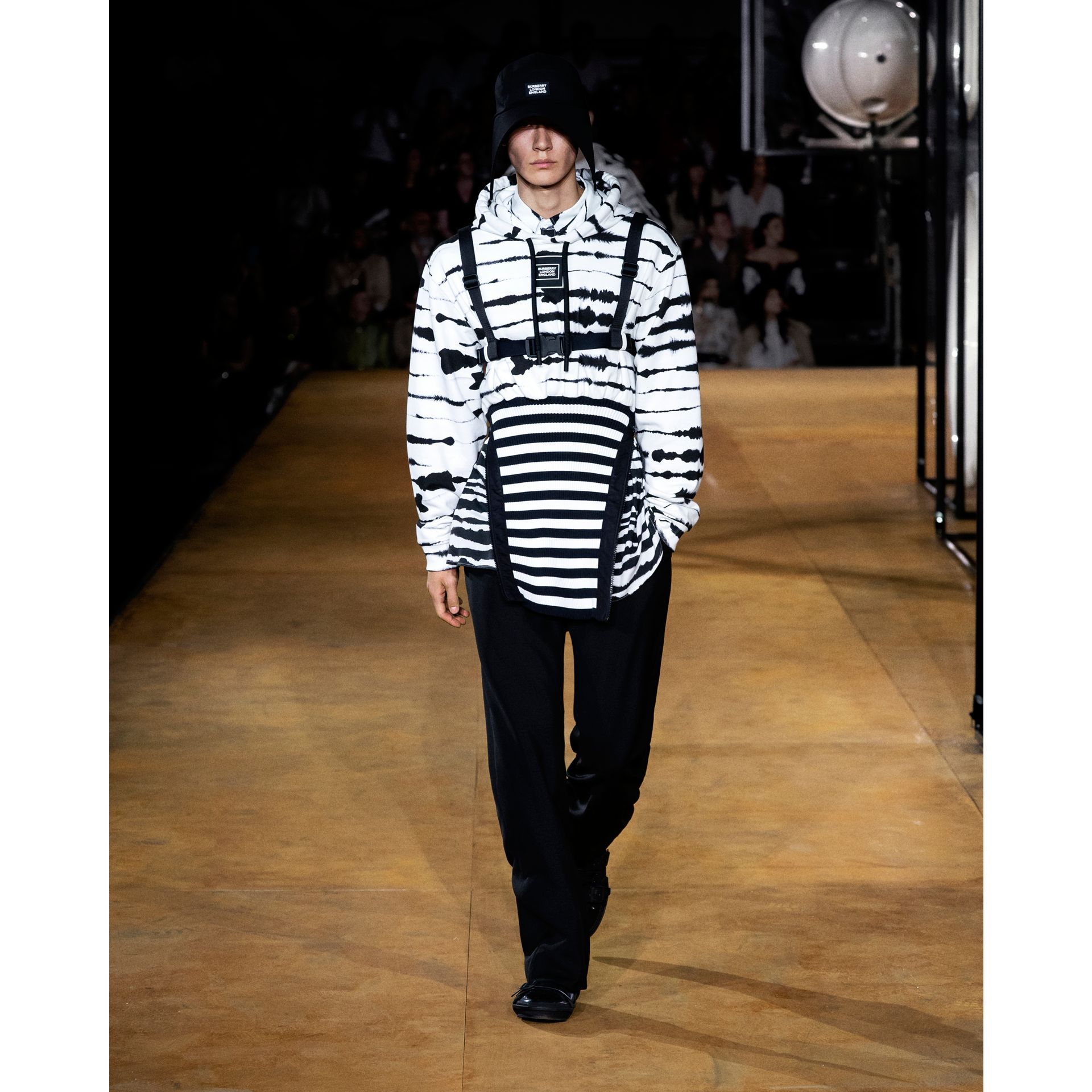 Reconstructed Watercolour Print Cotton Hoodie in Monochrome | Burberry - gallery image 8