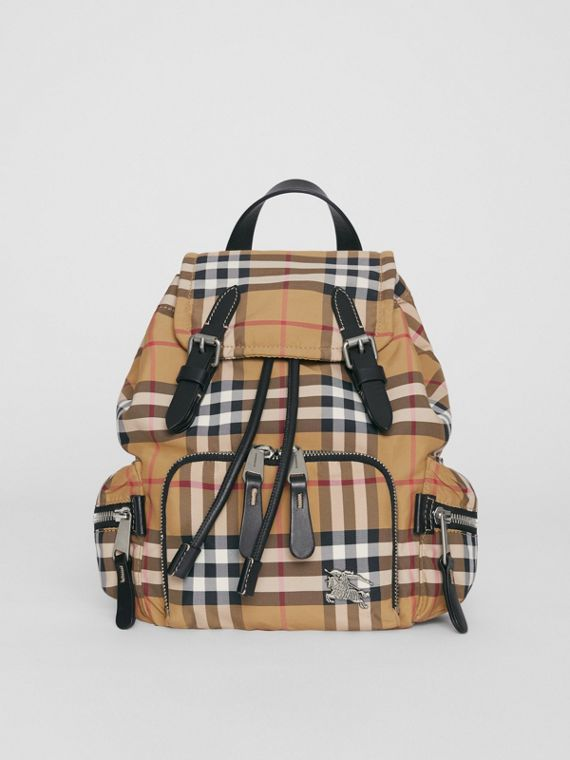 The Small Crossbody Rucksack in Vintage Check (Antikgelb)