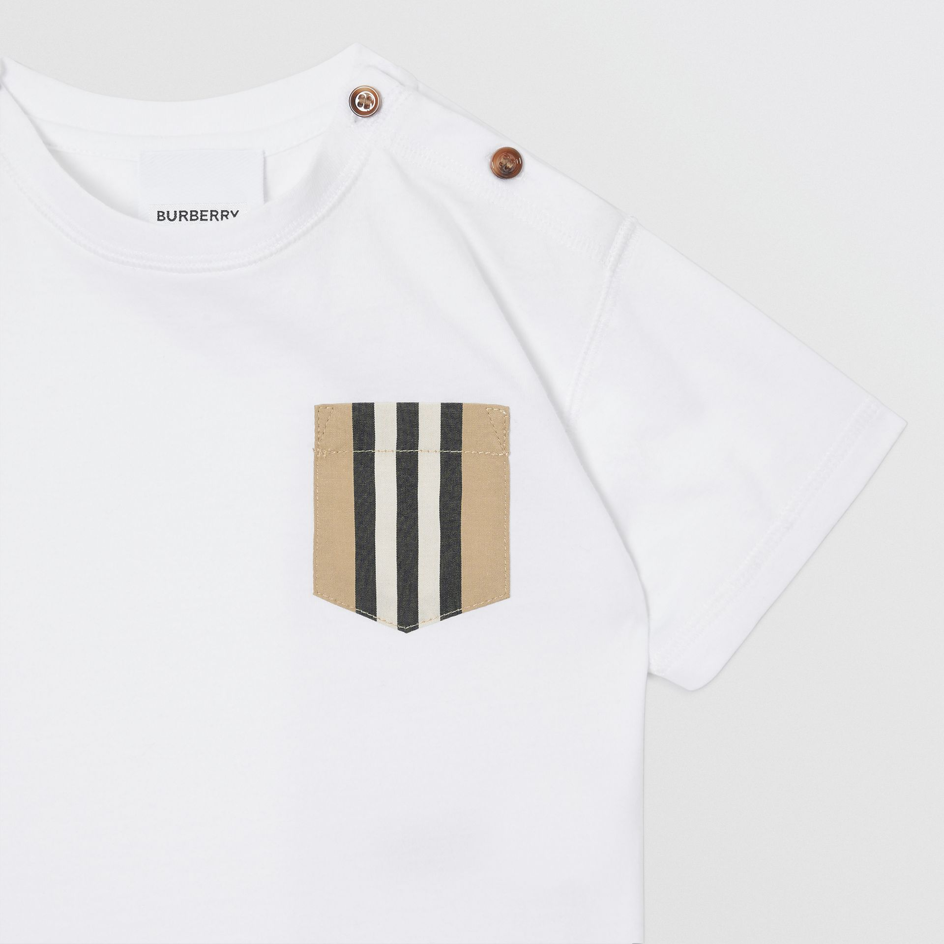 Icon Stripe Pocket Cotton T-shirt in White/archive Beige - Children | Burberry - gallery image 3