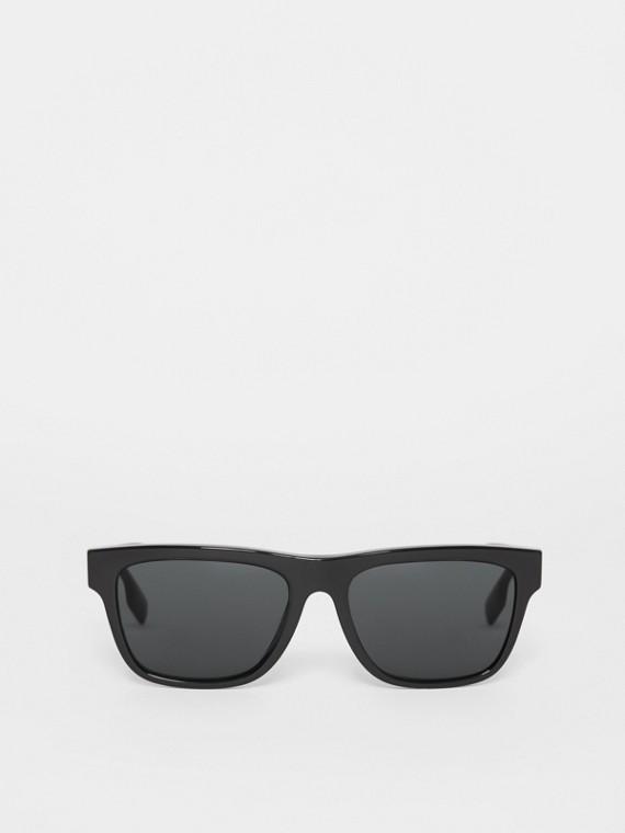 Солнцезащитные очки в квадратной оправе (Черный)