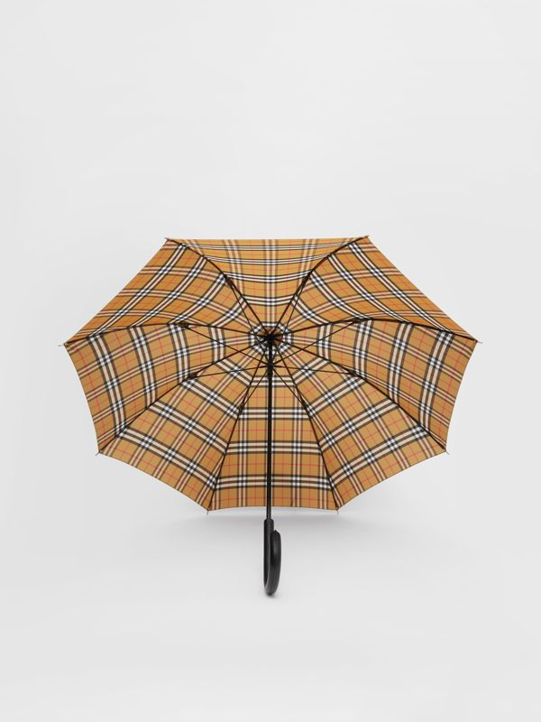 Vintage Check Umbrella in Archive Beige | Burberry Hong Kong S.A.R - cell image 2