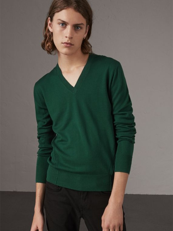 Check Detail Merino Wool V-neck Sweater in Dark Teal