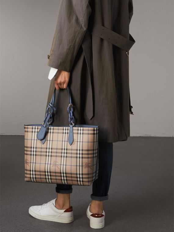 The Medium Reversible Tote with Resin Chain in Slate Blue - Women | Burberry - cell image 3