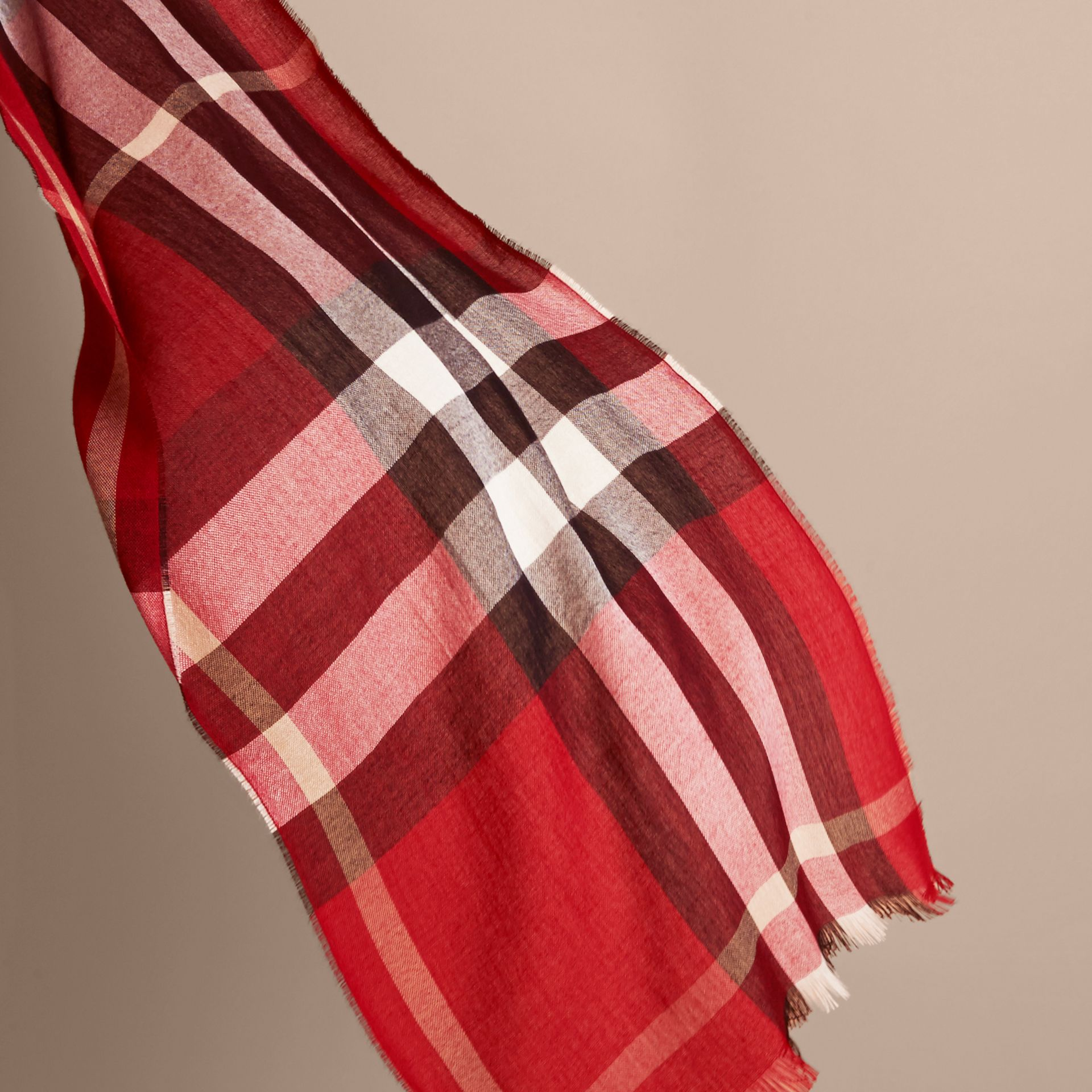 Lightweight Check Wool Cashmere Scarf in Parade Red | Burberry - gallery image 4
