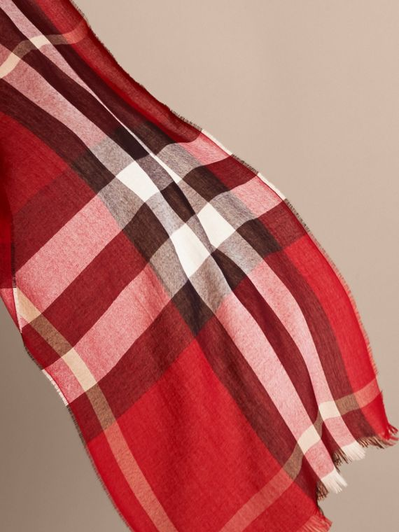Lightweight Check Wool Cashmere Scarf in Parade Red | Burberry - cell image 3