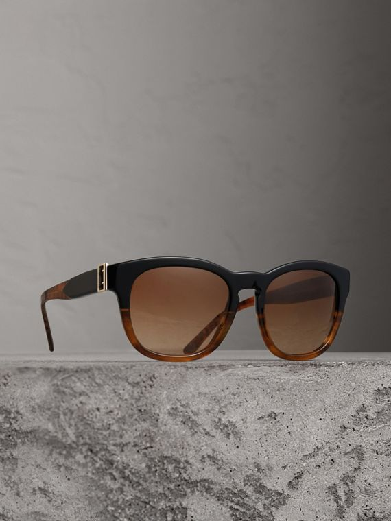 Buckle Detail Square Frame Sunglasses in Black