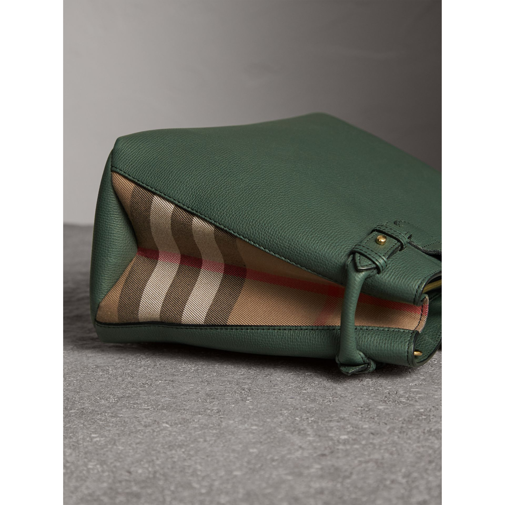 The Medium Banner in Leather and House Check in Dark Bottle Green - Women | Burberry United Kingdom - gallery image 6