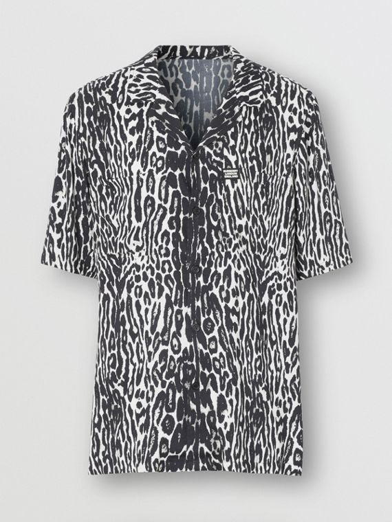 Short-sleeve Leopard Print Twill Shirt in Black