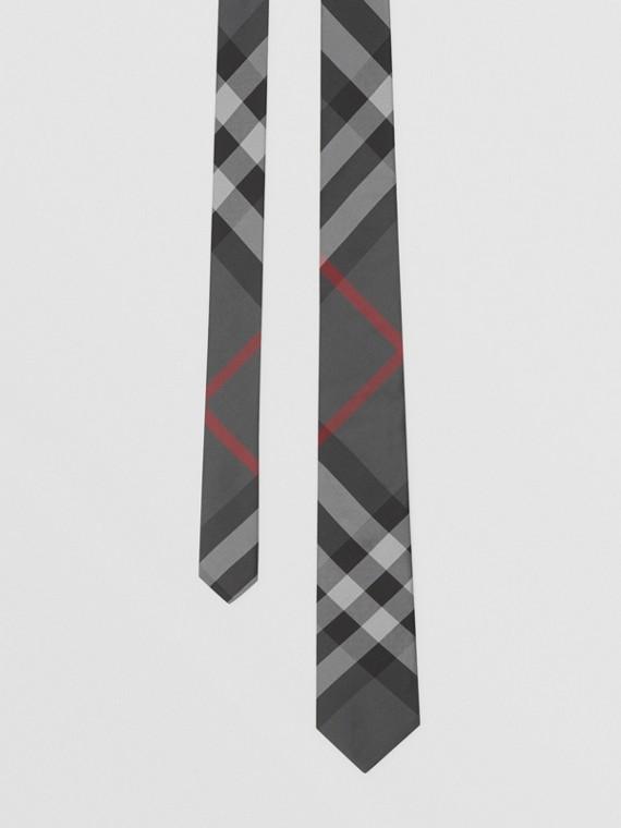 Gravata de seda com estampa xadrez e corte clássico (Grafite)