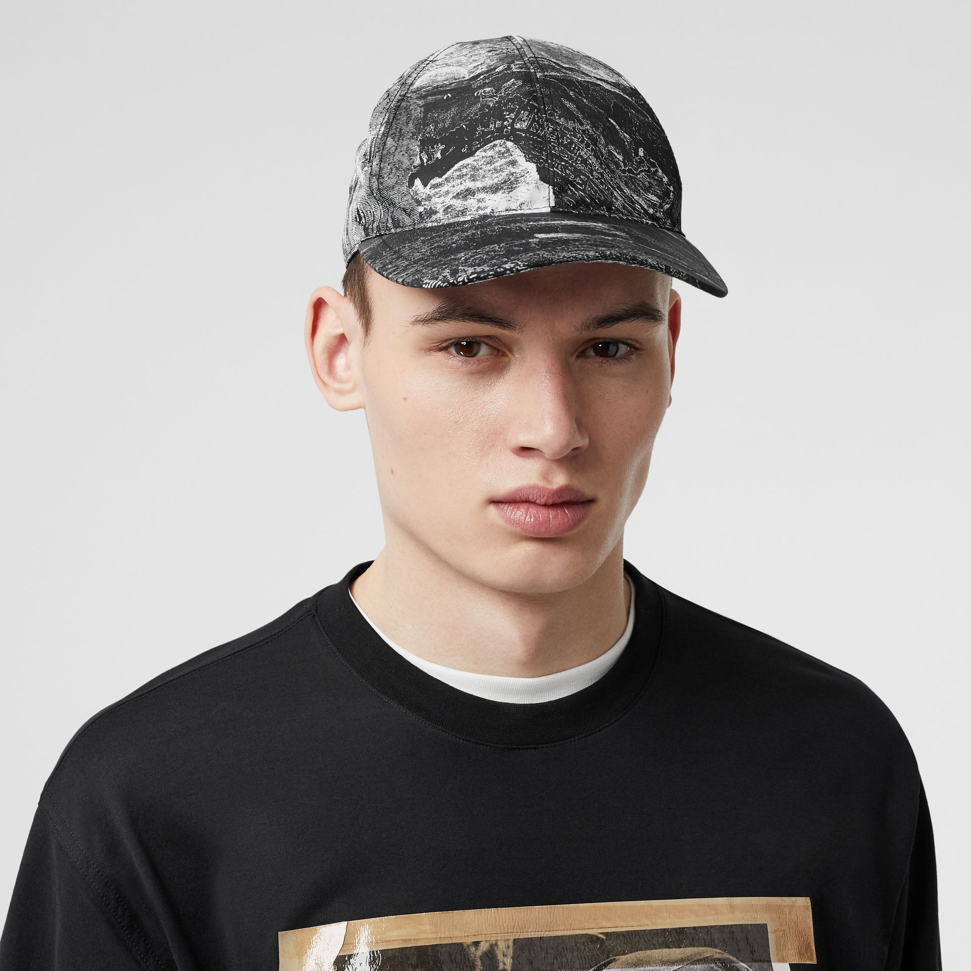 Dreamscape Print Baseball Cap in Black/white | Burberry United Kingdom - gallery image 3