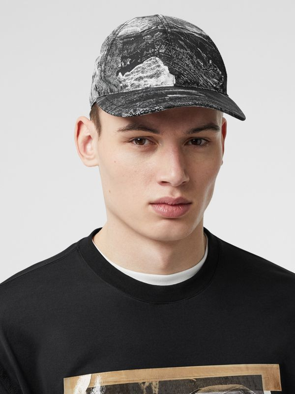 Dreamscape Print Baseball Cap in Black/white | Burberry United Kingdom - cell image 3