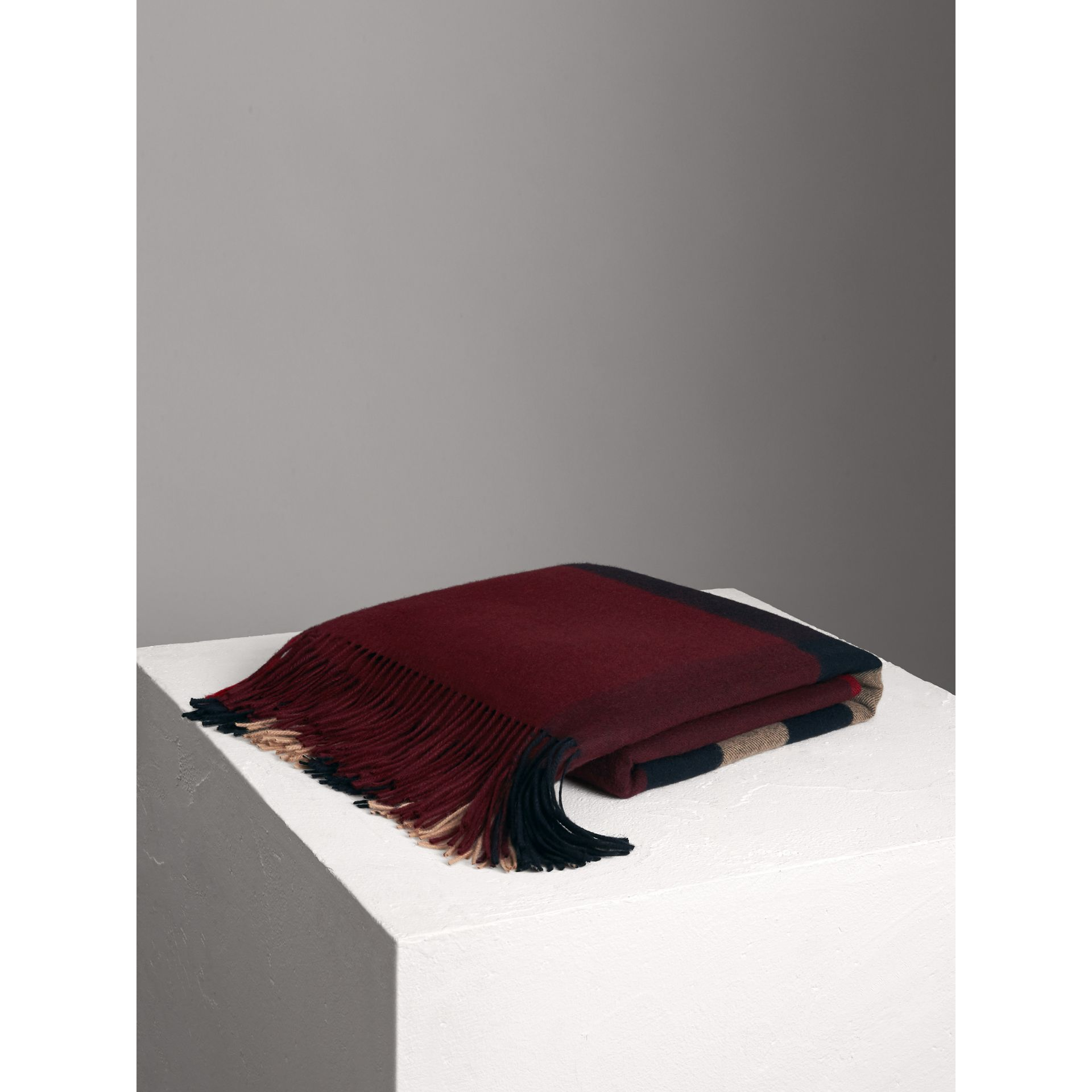 Check Cashmere Blanket in Claret | Burberry - gallery image 0