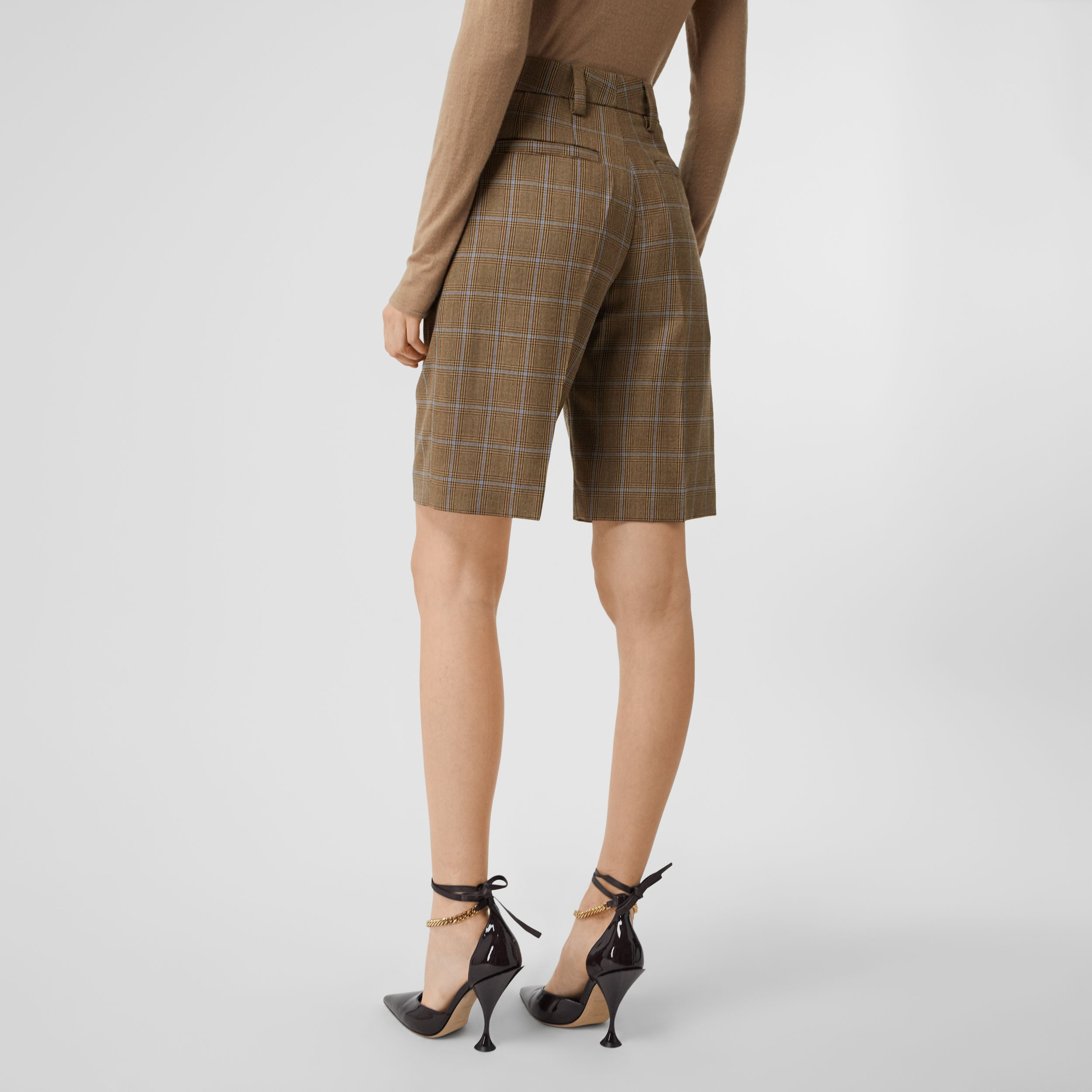 Pocket Detail Prince of Wales Check Wool Shorts in Birch Brown - Women | Burberry - 3