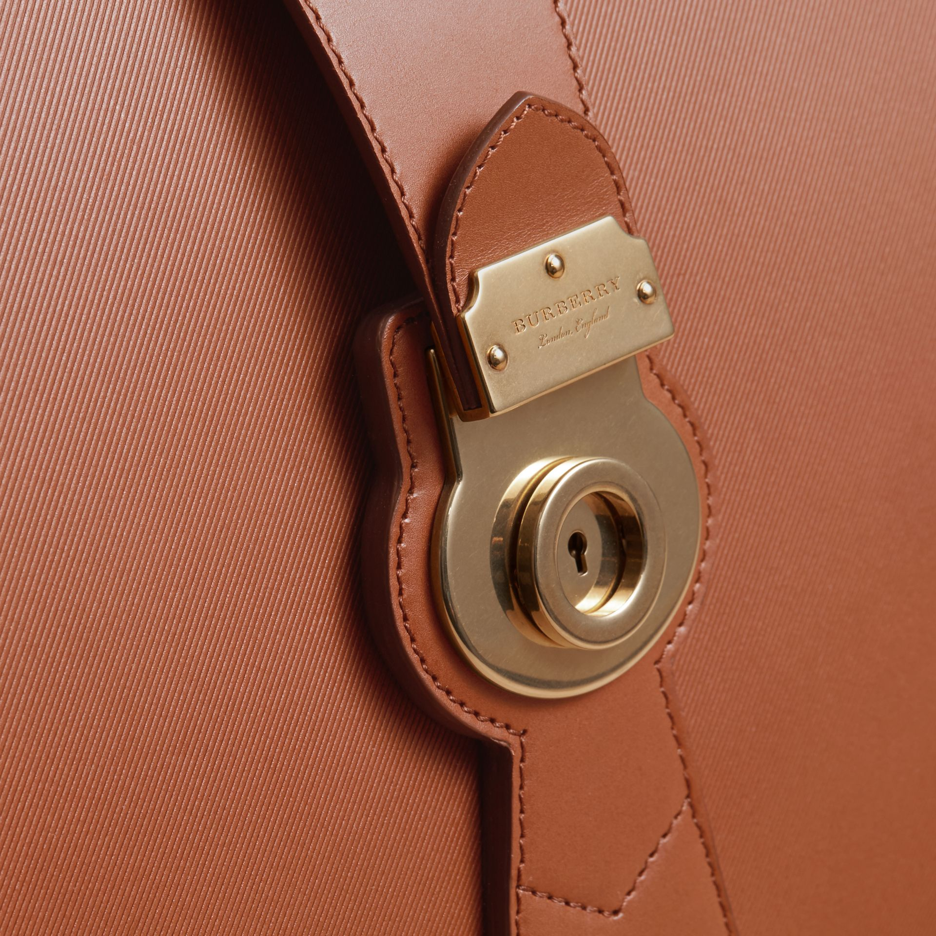 The DK88 Doctor's Bag in Tan - Men | Burberry - gallery image 5