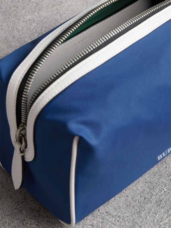 Heritage Ribbon Detail Nylon Pouch in Dark Canvas Blue | Burberry United States - cell image 3