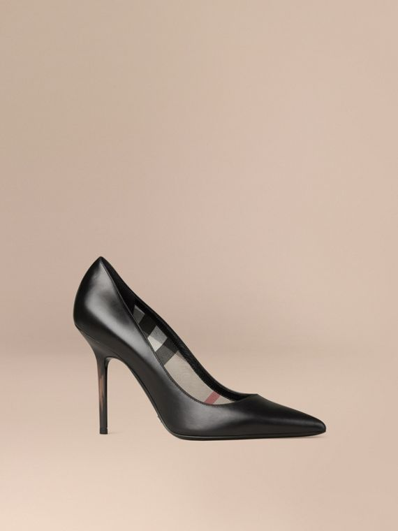 Hand-painted Point-toe Leather Pumps Black