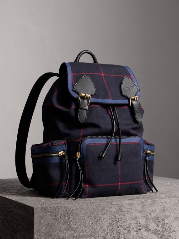 The Large Rucksack in Tartan Cotton in Deep Navy