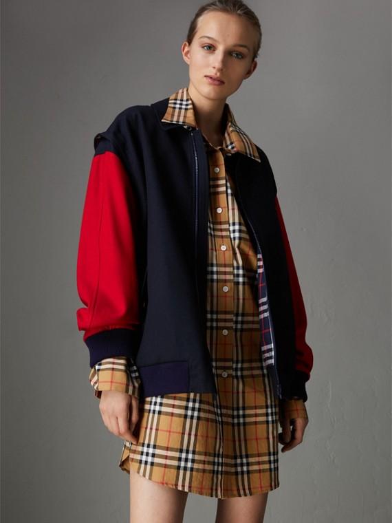Jaqueta de lã com mangas contrastantes - Reedição (Azul Marinho)