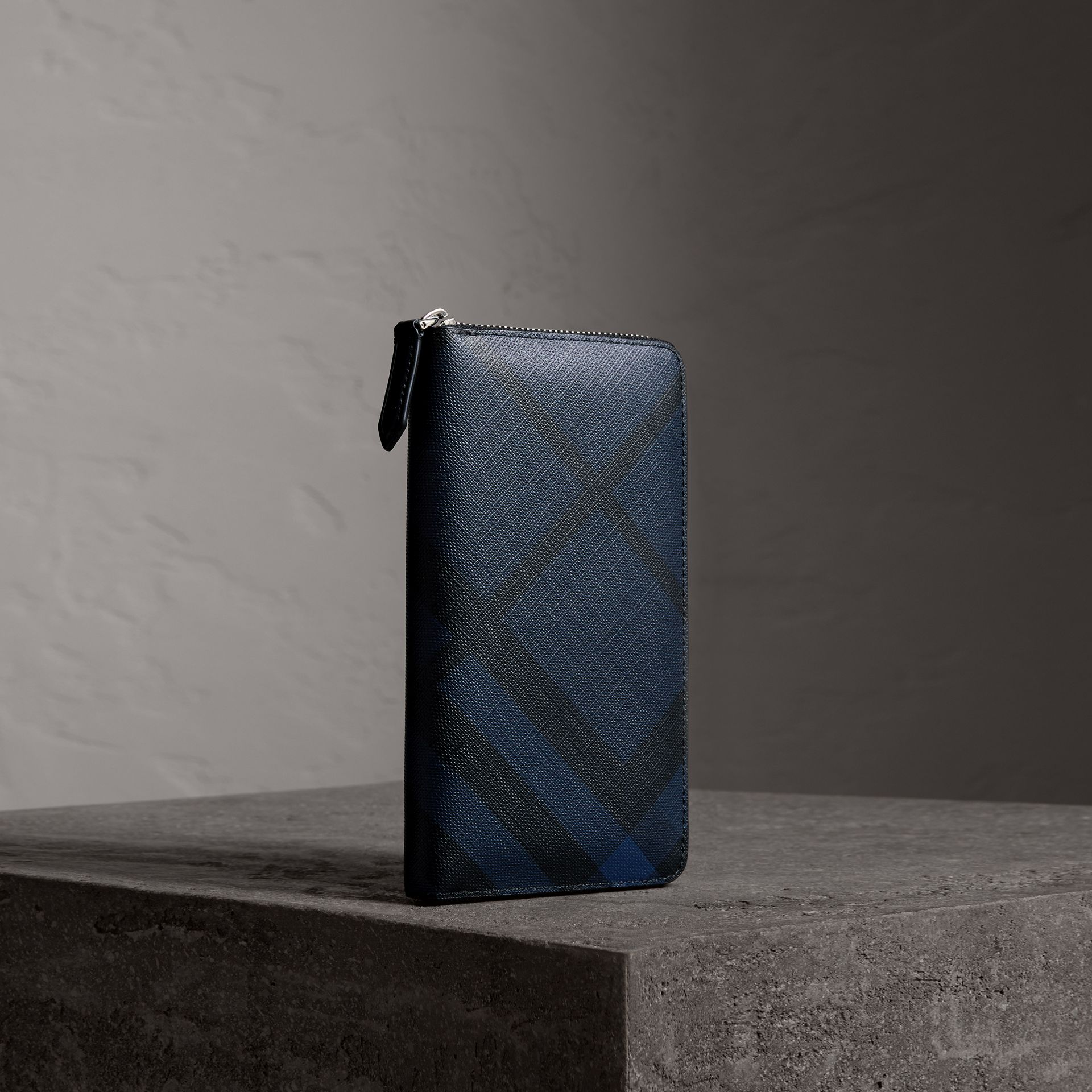 London Check Ziparound Wallet in Navy/black - Men | Burberry Australia - gallery image 0