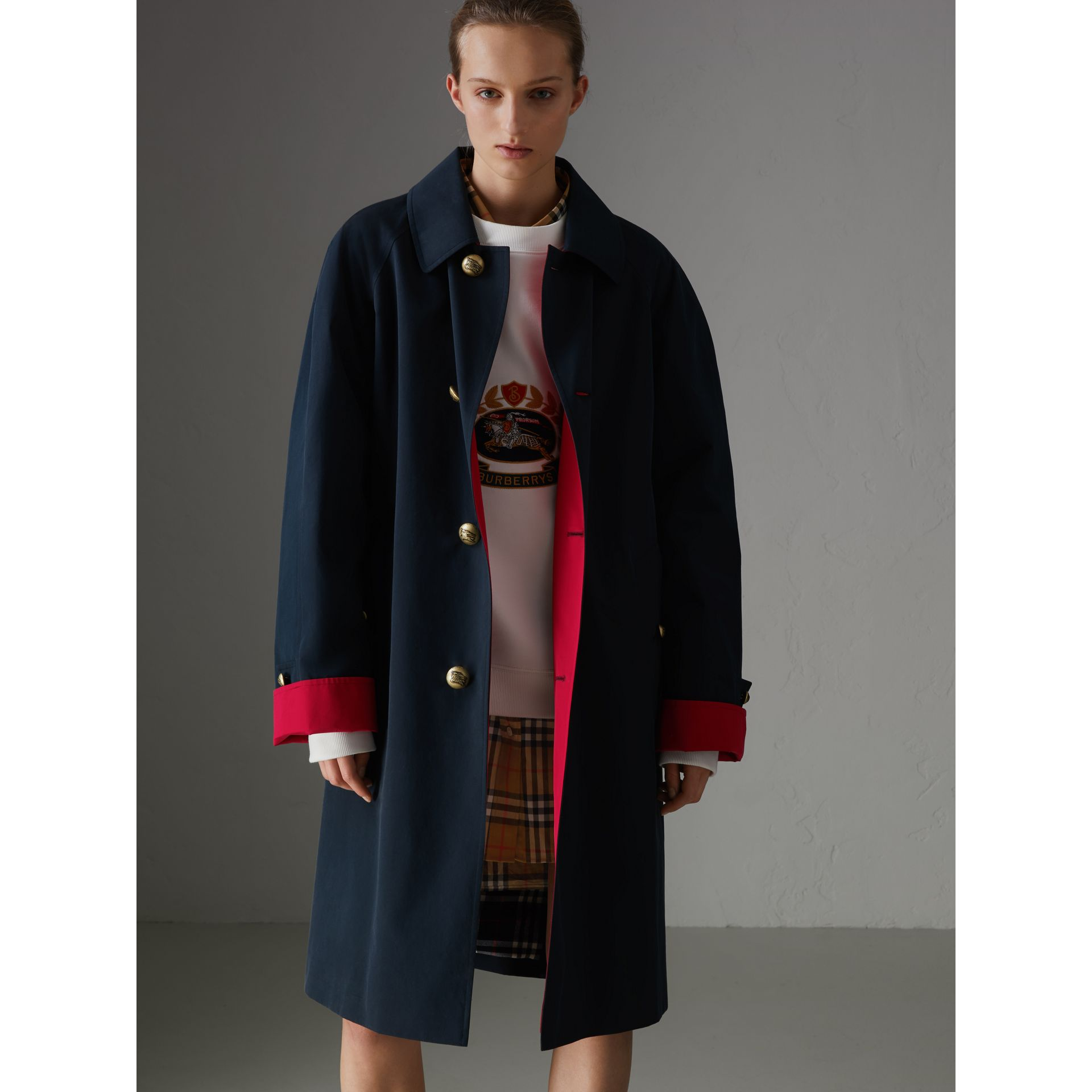 Reissued Waxed Cotton Gabardine Car Coat in Navy - Women | Burberry Canada - gallery image 6