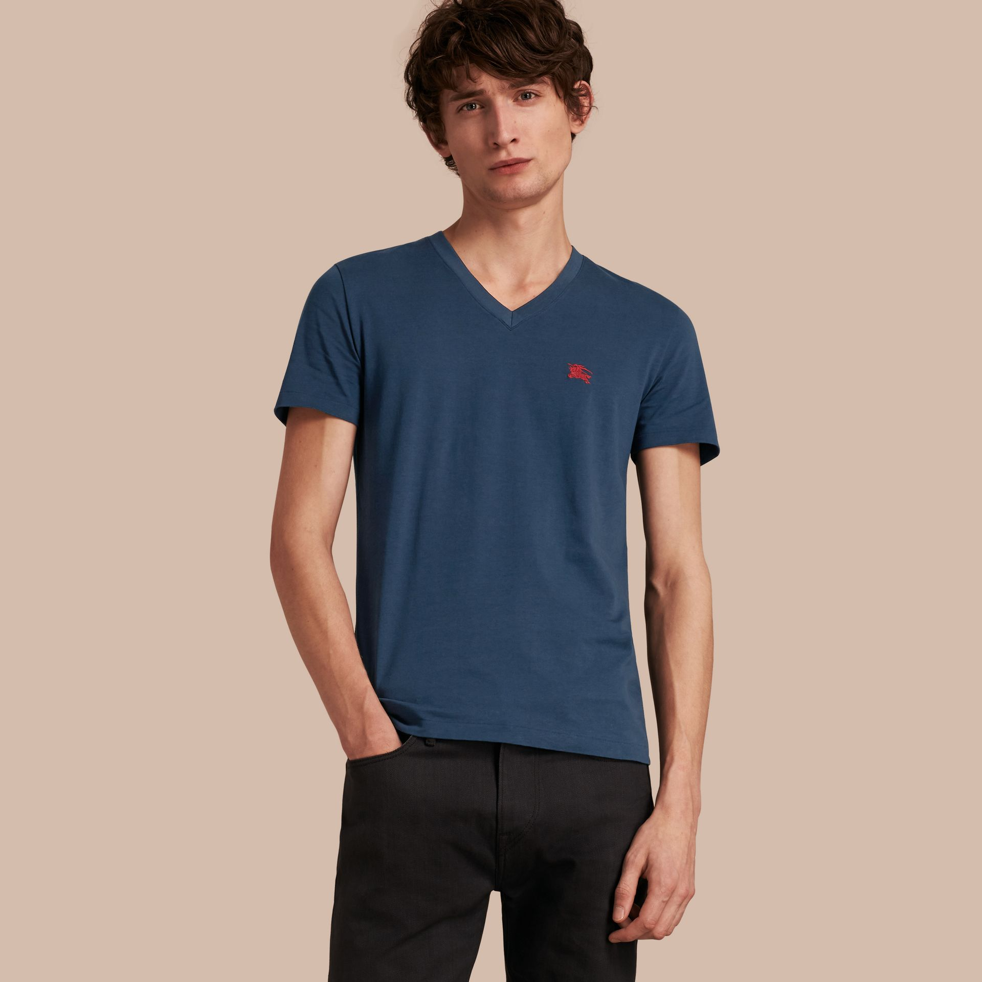 Cotton V-neck T-shirt Navy - gallery image 1