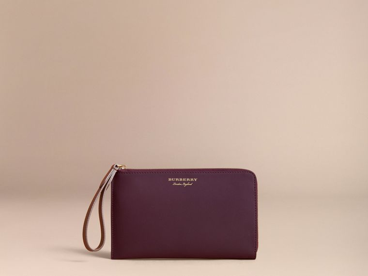 Two-tone Trench Leather Travel Wallet in Wine - Men | Burberry - cell image 4