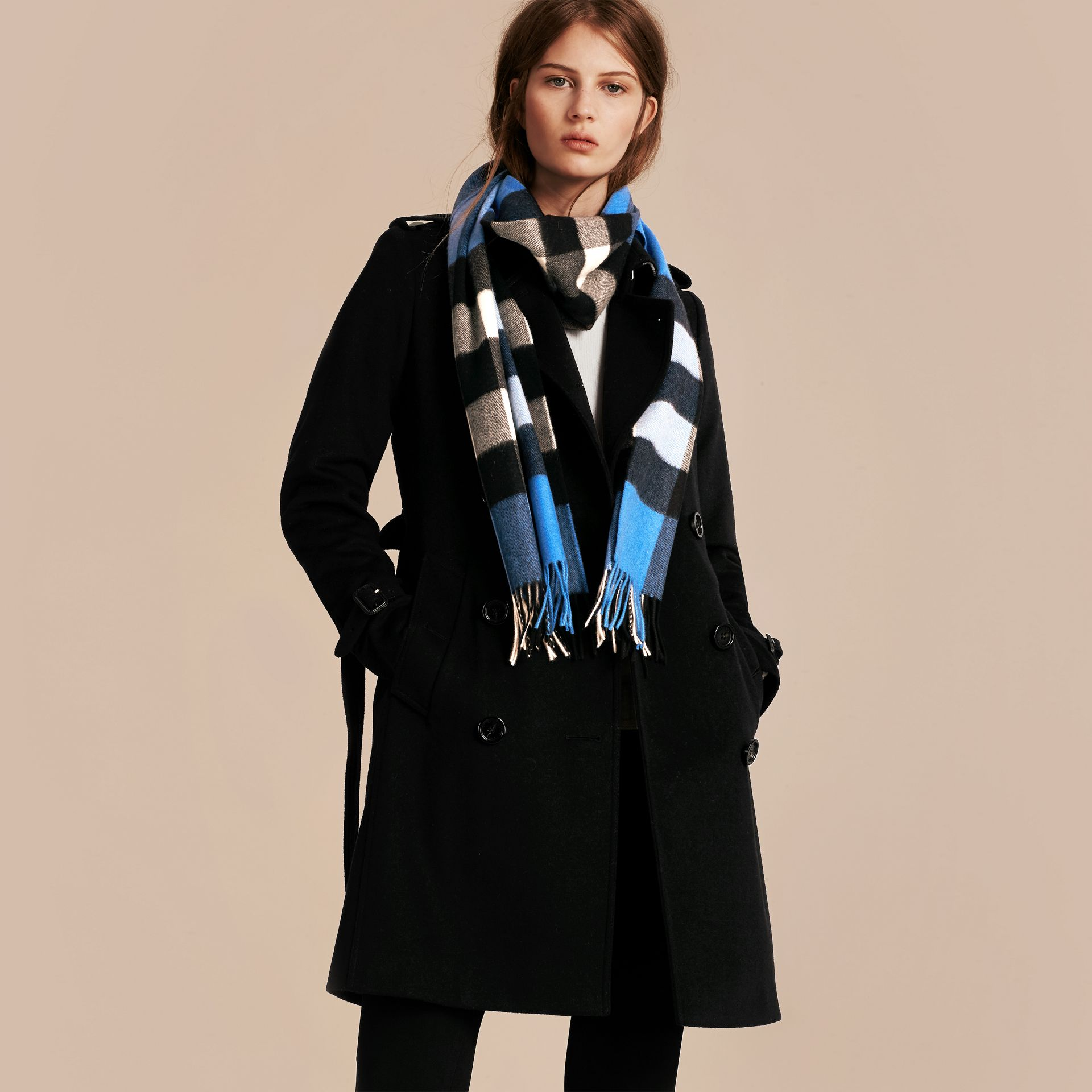 The Large Classic Cashmere Scarf in Check Bright Cornflower Blue - gallery image 3