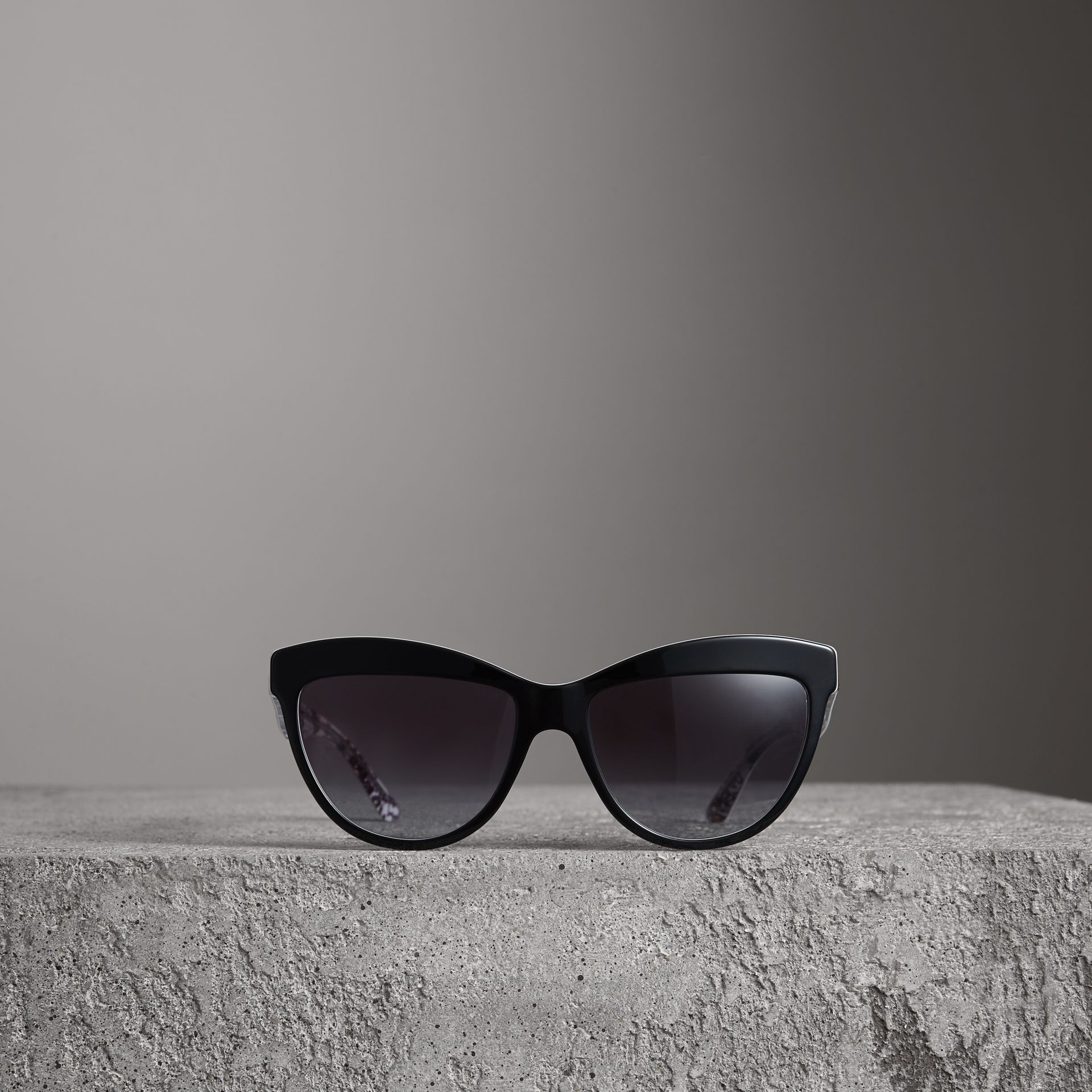 Doodle Cat-eye Frame Sunglasses in Black - Women | Burberry United States - gallery image 3