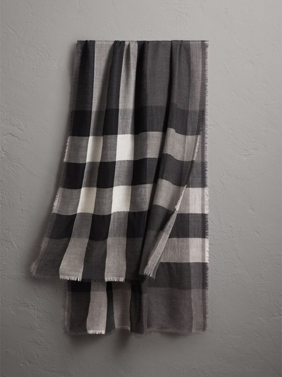 Lightweight Check Cashmere Scarf in Mid Grey