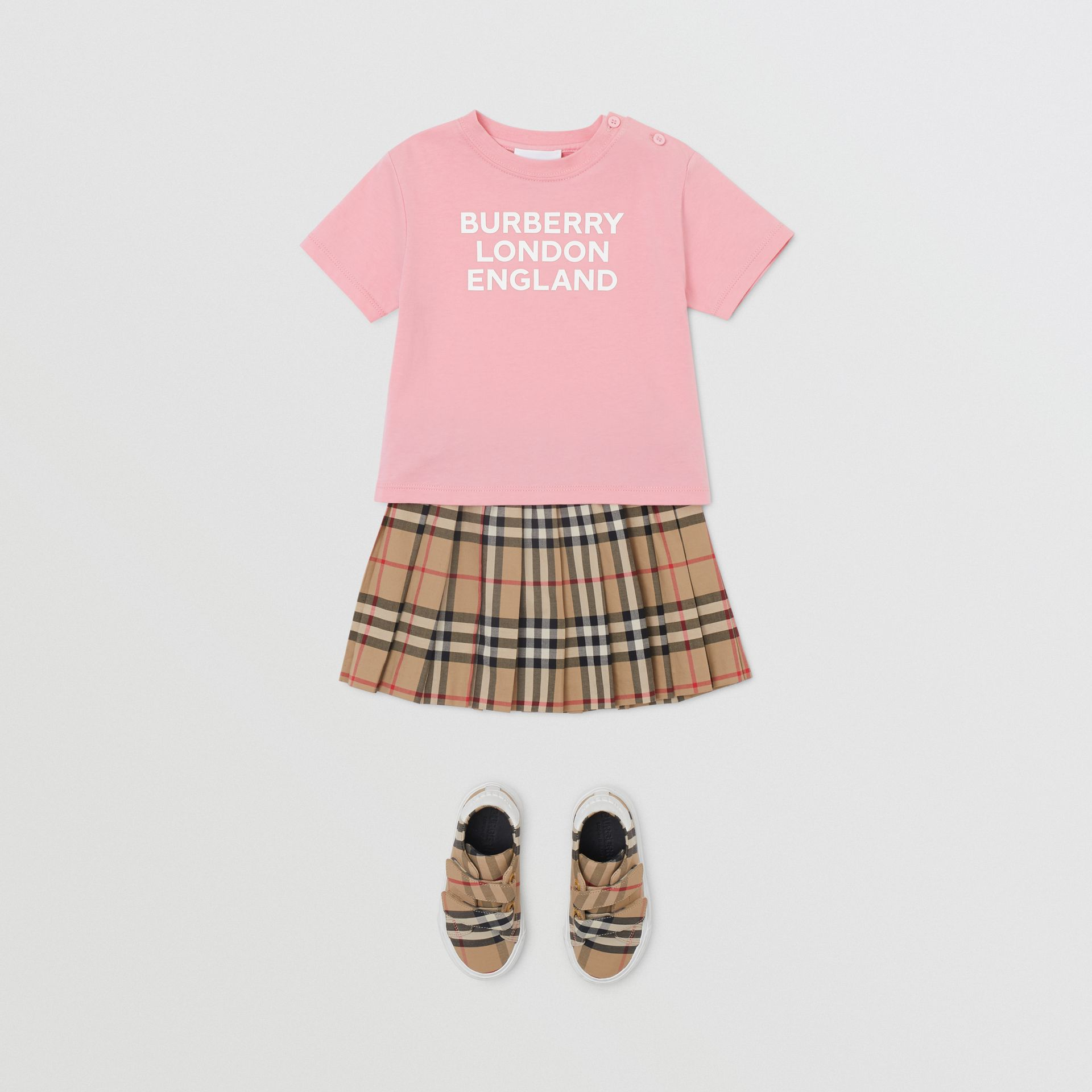 Logo Print Cotton T-shirt in Candy Pink - Children | Burberry - gallery image 2