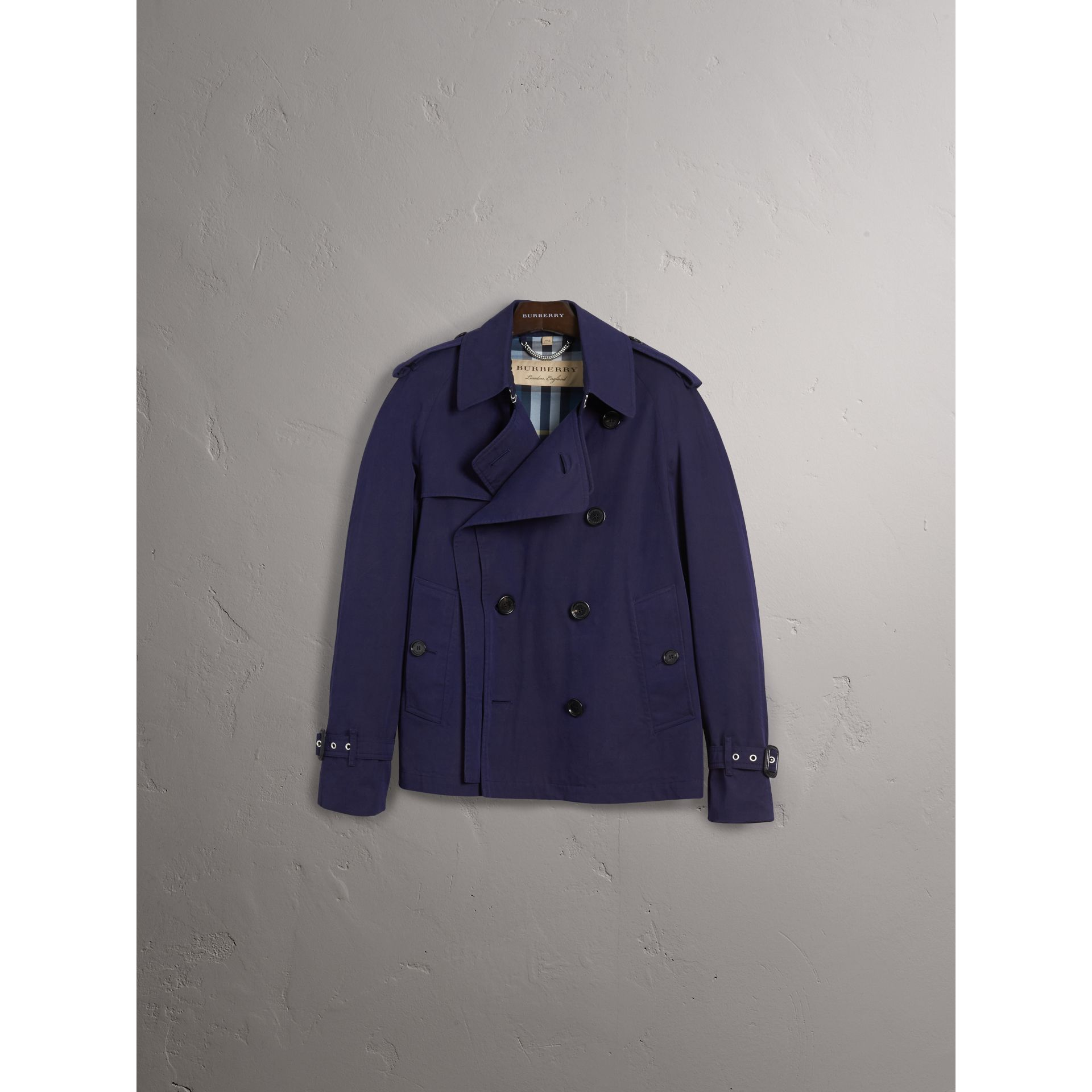 Unisex Tropical Gabardine Trench Jacket in Blueberry - Women | Burberry - gallery image 4